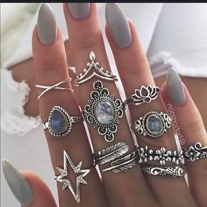 Jewelry - Set of Fashion Rings